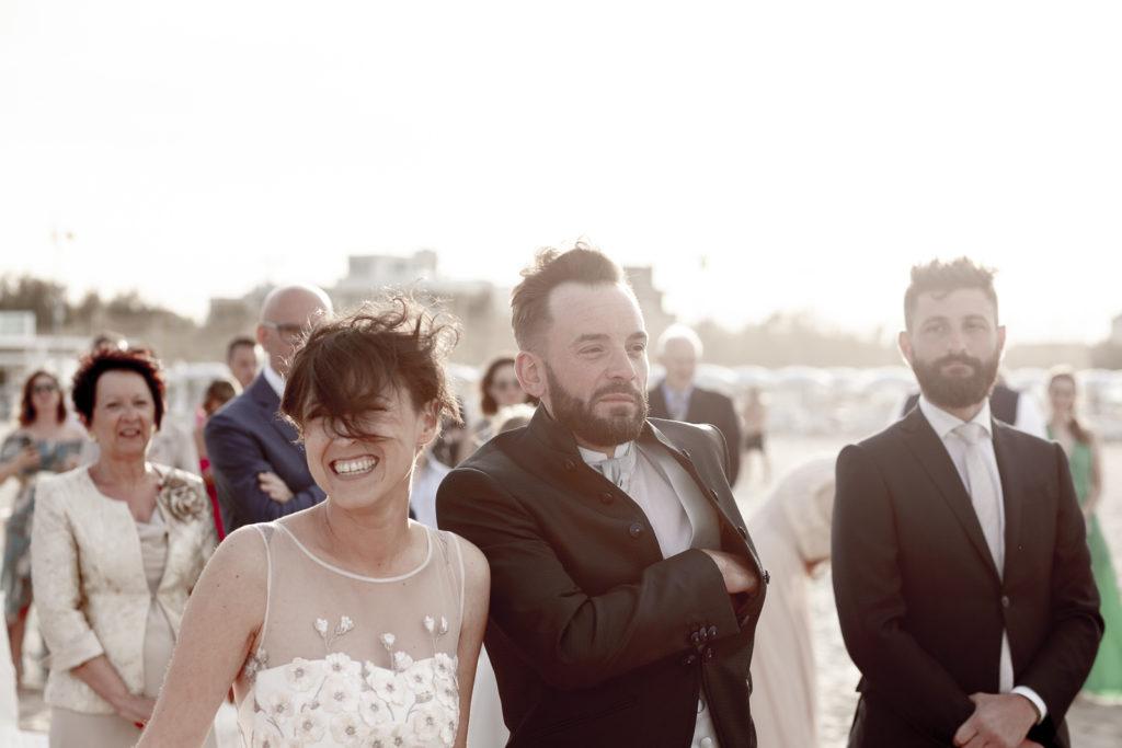 cerimonia_in_spiaggia_acquapazz_lemarche16