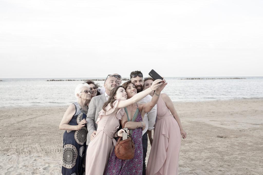 cerimonia_in_spiaggia_acquapazz_lemarche26