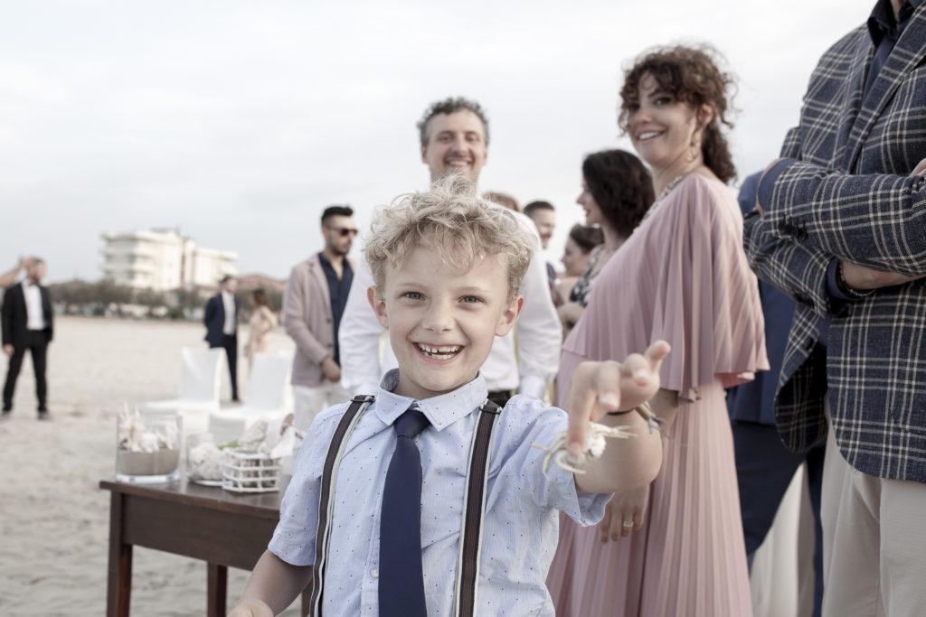cerimonia_in_spiaggia_acquapazz_lemarche27