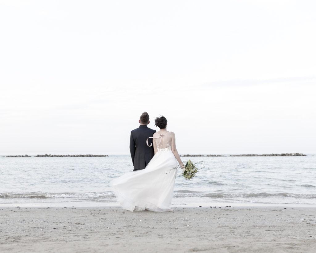 cerimonia_in_spiaggia_acquapazz_lemarche33