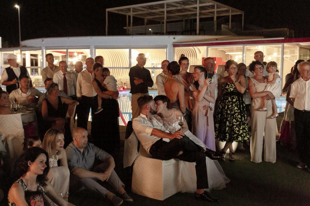 cerimonia_in_spiaggia_acquapazz_lemarche57