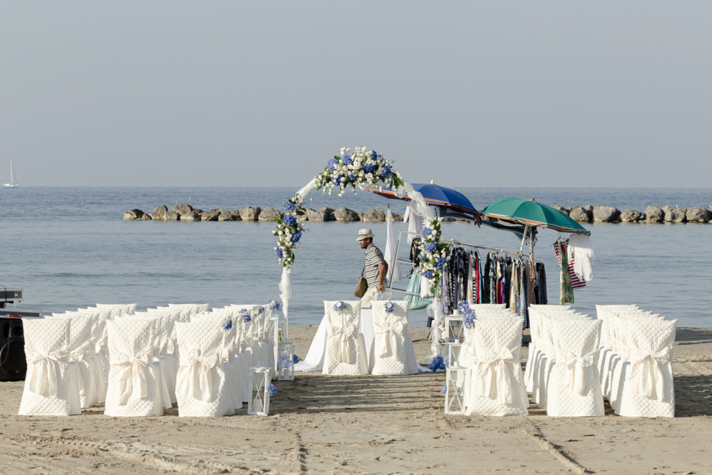 wedding_lemarche_spiaggia